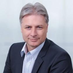 Dr. Mathias Schluep