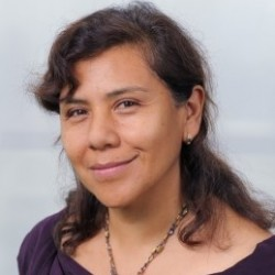 Dr. Sonia Valdivia